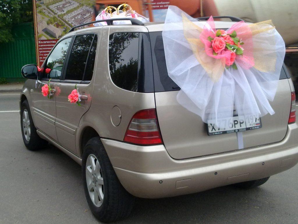 Украшение машины на свадьбу своими руками 77