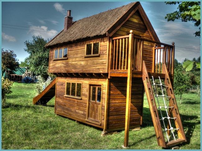 cabane en bois fait maison excellent cabane enfant bois milan x x m avis et prix with cabane en. Black Bedroom Furniture Sets. Home Design Ideas