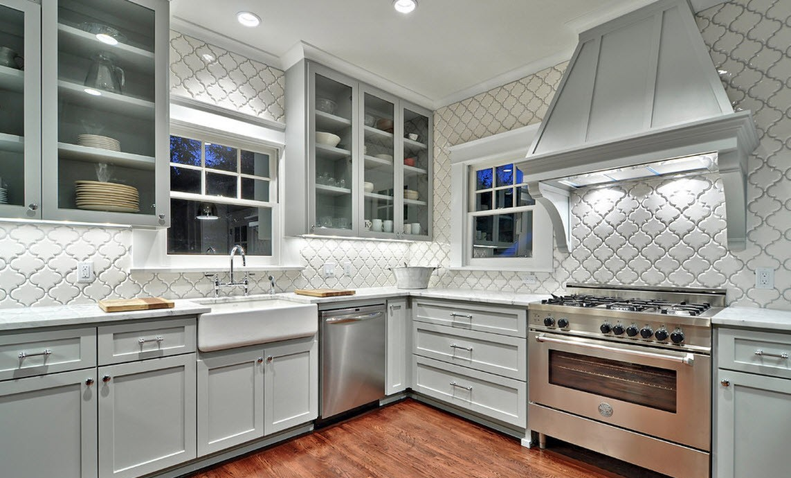 Ідеї для оформлення  якщо стіни кухні повністю оброблені плиткою 98582c0194586