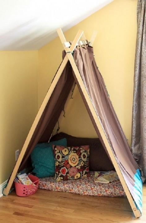 d3d140bb451 ... най-добре е да използвате палатка, която не избледнява от слънцето и не  се деформира поради висока влажност. Ако конструкцията е в стаята на  детето, ...