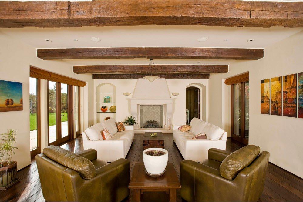 Controsoffitti Con Travi In Legno : Illuminazione delle travi in legno nel soggiorno i soffitti