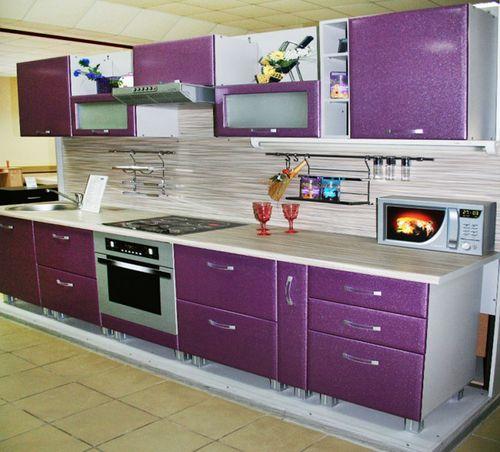 La cucina è viola con il beige. Cucina viola: la scelta del ...